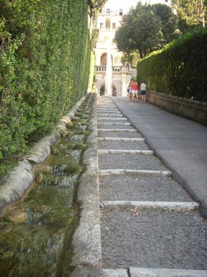 stradello accessibile Villa d'Este a Tivoli