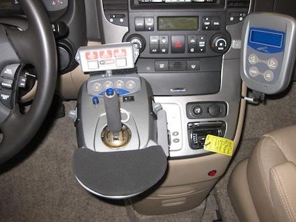 guidare auto con joystick