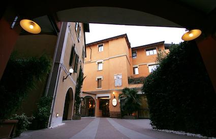 hotel bologna entrata